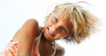 Chute de cheveux chez l'enfant: que rechercher?